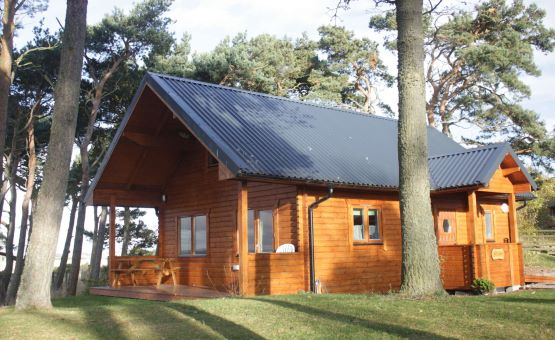 Lodges & Log Cabins